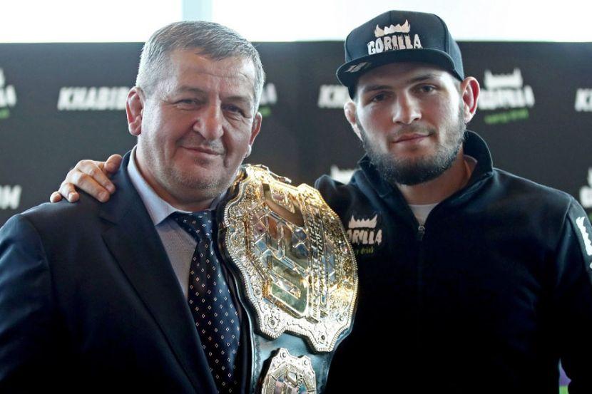 Хабиб Нурмагомедов поделился фотографией со своим отцом. ФОТО